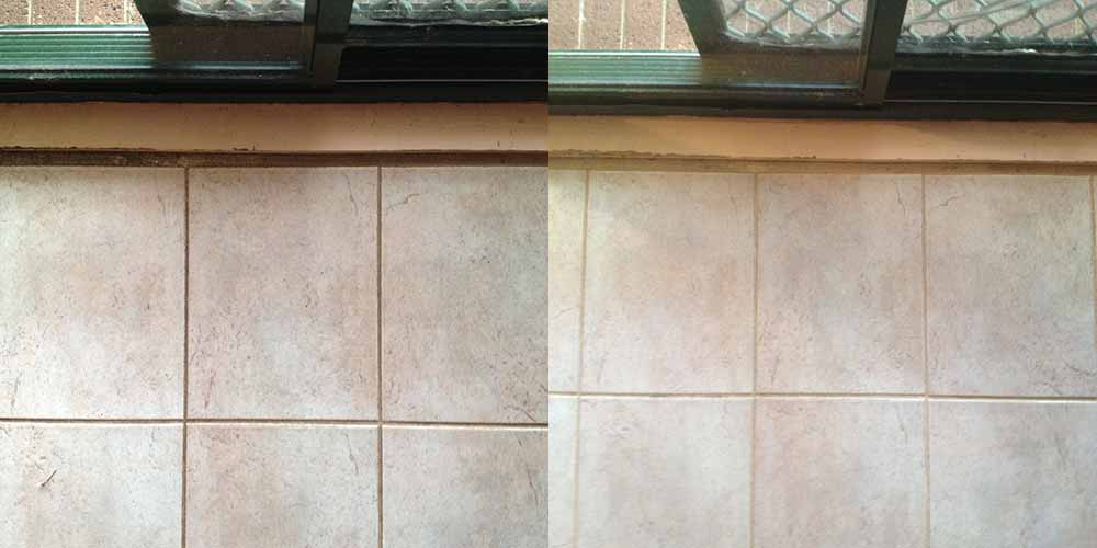 Tile and Grout Cleaning (Before-After) Russell